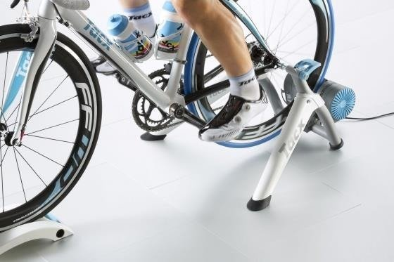 Tacx Vortex Smart - Trainer + tray under the front wheel